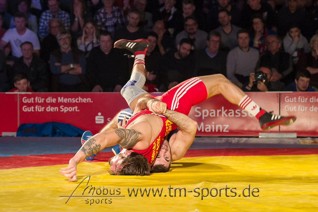 Tim Müller vs. Magomedmurad Gadzhiev